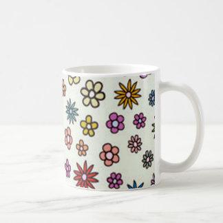 pequenas de padrão de florinhas tazas de café
