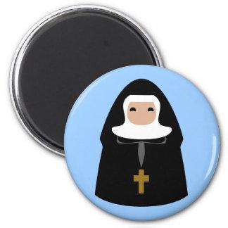 Pequeñas monjas lindas iman de nevera