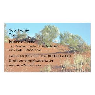 Pequeñas plantas en dunas de arena rojas plantilla de tarjeta de negocio