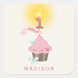 Pequeño 1r pegatina del cumpleaños de Srta. Pink