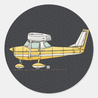 Pequeño aeroplano lindo pegatina redonda