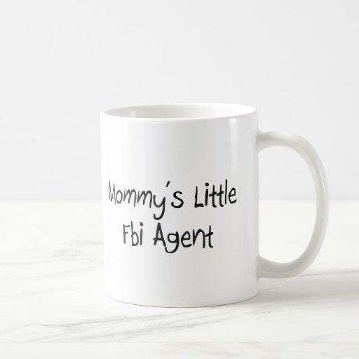 Pequeño agente del FBI de Mommys Taza Básica Blanca