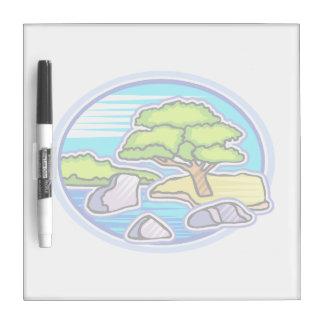 pequeño árbol por los bonsais del agua como diseño tablero blanco