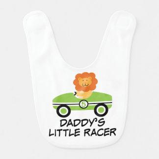 Pequeño babero del bebé del coche del corredor del