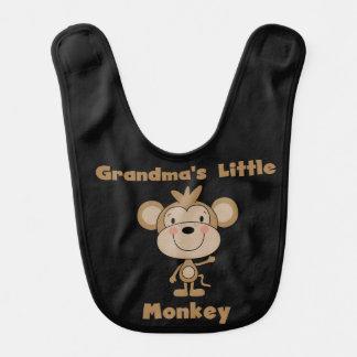 Pequeño babero del mono de la abuela