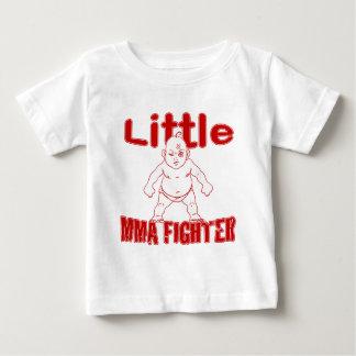 Pequeño bebé de los artes marciales del polera