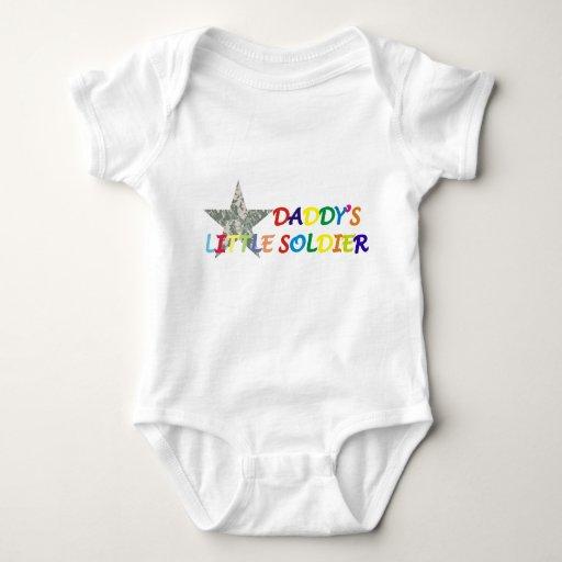 Pequeño bebé del soldado del papá playeras