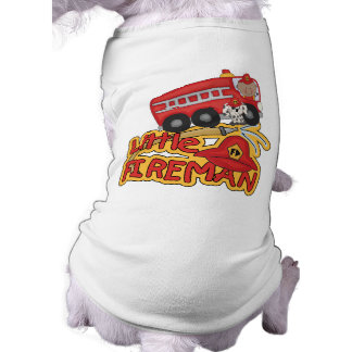 Pequeño bombero afroamericano camisa de perro