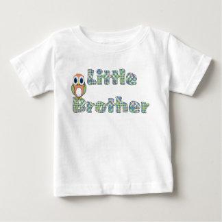 Pequeño Brother colorido y camiseta del búho Playera Para Bebé