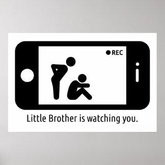Pequeño Brother le está mirando Póster