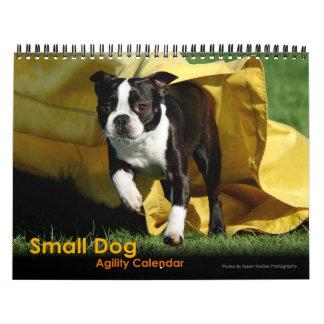 Pequeño calendario de la agilidad del perro
