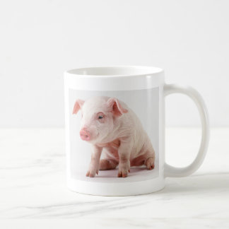 Pequeño cerdo taza básica blanca