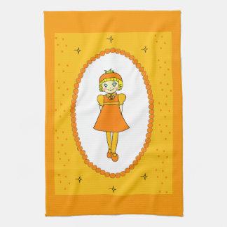 Pequeño chica anaranjado de la fruta toalla de cocina