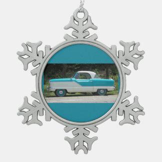 Pequeño coche clásico lindo azul de Metropolitian Adorno De Peltre En Forma De Copo De Nieve