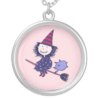 Pequeño collar precioso de Halloween de la bruja (