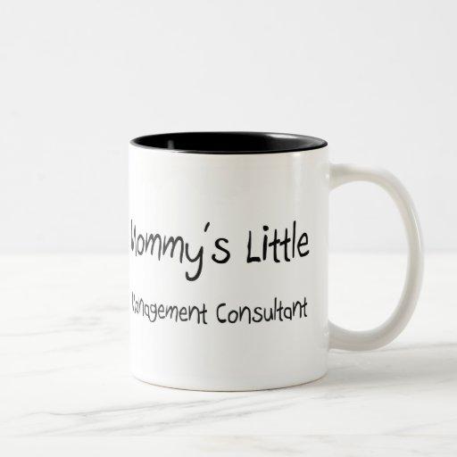 Pequeño consultor en administración de empresas de taza de café