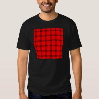 Pequeño cuadrado de cuatro bandas - negro en rojo polera