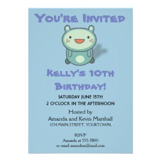 """Pequeño cumpleaños lindo de la criatura del oso invitación 5"""" x 7"""""""