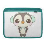 pequeño dibujo animado lindo del pingüino del día  fundas MacBook