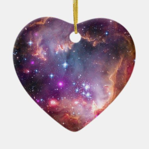 Pequeño espacio de la galaxia de la nube de adornos