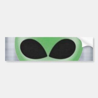 Pequeño individuo verde pegatina para coche