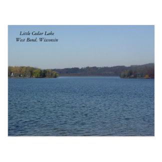 Pequeño lago cedar postales