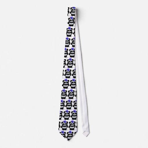 Pequeño lazo 2010 de la edición de la panda corbata