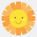 Pequeño lunar de Srta. Sunshine Sun Invitation Pegatina Redonda