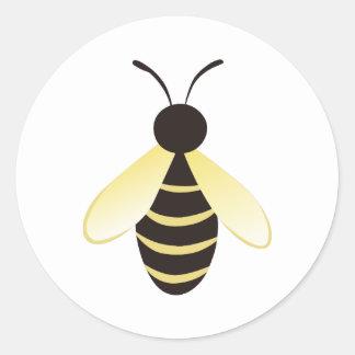 Pequeño manosee la abeja etiquetas redondas