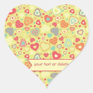 Pequeño modelo del corazón del amor enrrollado pegatina en forma de corazón