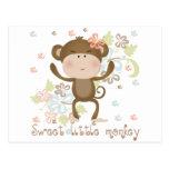 Pequeño mono dulce postales