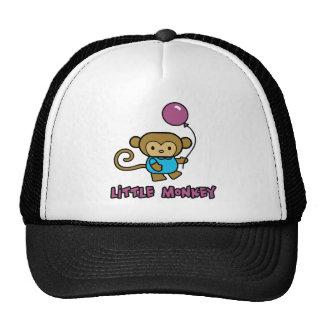 Pequeño mono gorras de camionero