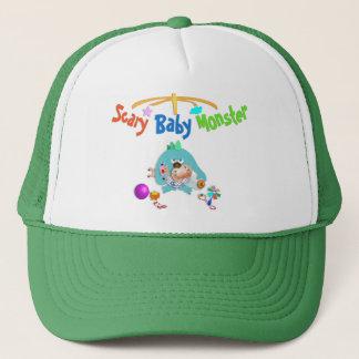Pequeño monstruo muy aterrador trucker hat