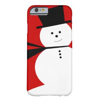 Pequeño muñeco de nieve divertido con el sombrero funda de iPhone 6 barely there