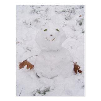 pequeño muñeco de nieve feliz lindo tarjeta postal