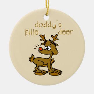 Pequeño ornamento del navidad de los ciervos del p ornatos