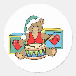 Pequeño oso de peluche del batería etiqueta redonda