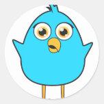 Pequeño pájaro azul etiqueta redonda