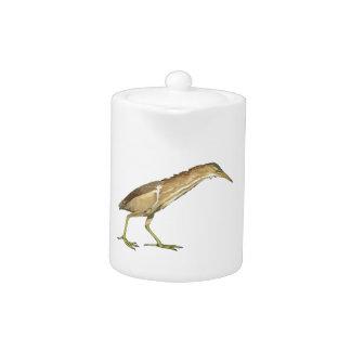 Pequeño pájaro realista de la agua madre de
