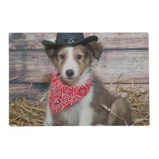 Pequeño perrito lindo del vaquero tapete individual