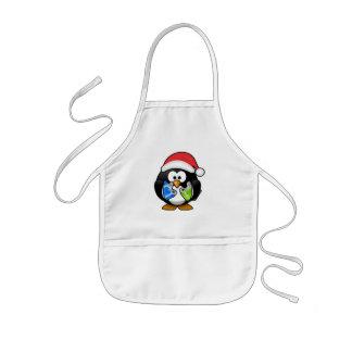 Pequeño pingüino animado lindo del navidad delantal infantil