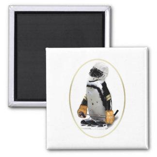 Pequeño pingüino del jugador de hockey de la masco imán cuadrado