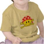 Pequeño pirata camisetas