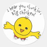 Pequeño pollo etiqueta redonda