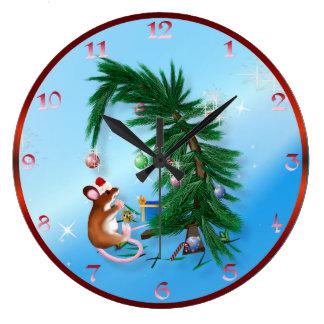 Pequeño ratón humilde del navidad reloj redondo grande