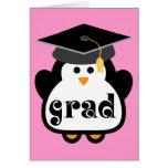 Pequeño regalo de la graduación del pingüino del g felicitaciones