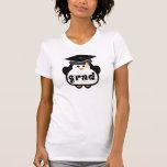 Pequeño regalo de la graduación del pingüino del camisetas
