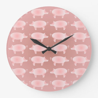 Pequeño reloj de pared rosado del modelo de los ce