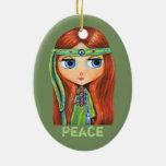 Pequeño signo de la paz verde lindo del chica del adorno navideño ovalado de cerámica