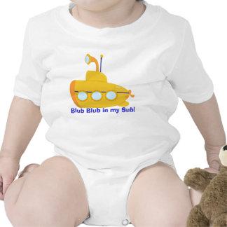 Pequeño submarino lindo traje de bebé